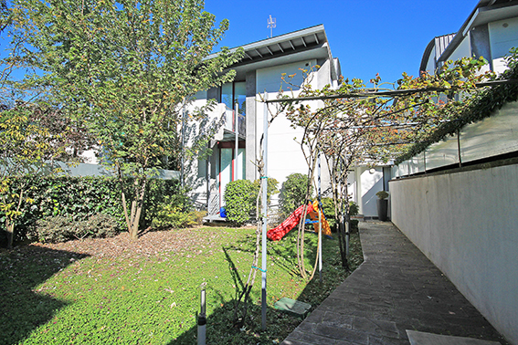 Villa in ottime condizioni in vendita Rif. 5375355