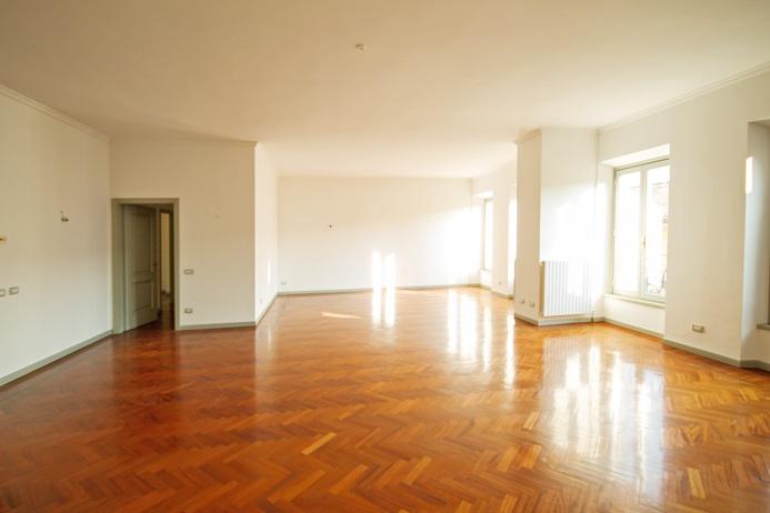 Appartamento in affitto a Bergamo, 4 locali, prezzo € 2.210 | PortaleAgenzieImmobiliari.it
