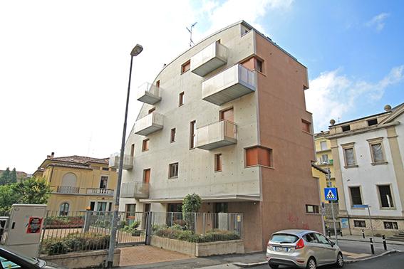 Ufficio / Studio in affitto a Bergamo, 2 locali, prezzo € 1.250 | CambioCasa.it