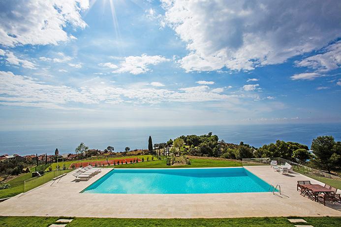 Villa in vendita a Taggia (IM)