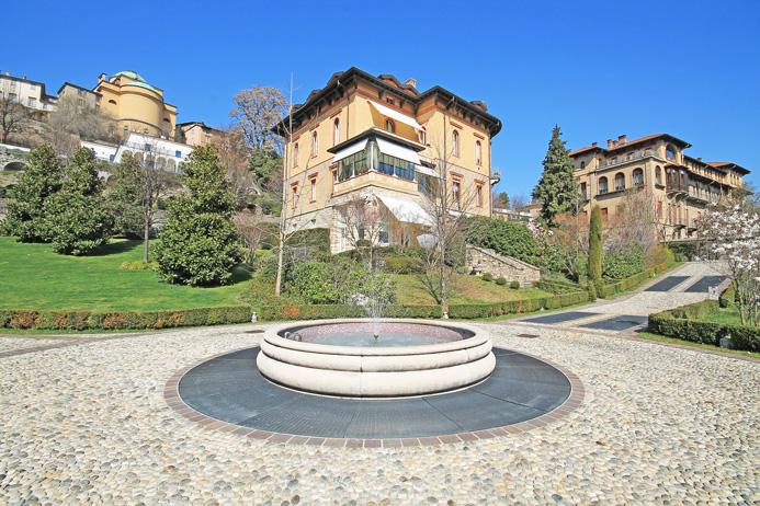 mansarda - sottotetto - soffitta - solaio bergamo affitto  centrale di pregio  studio immobiliare valle - flaminia s.r.l.