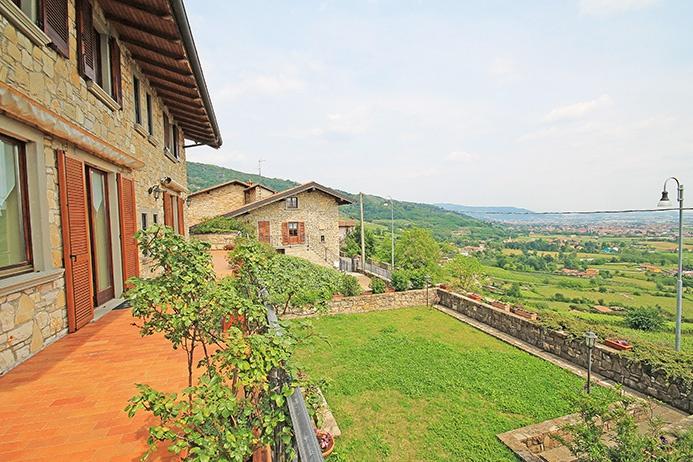 Villa ristrutturato in vendita Rif. 5375623