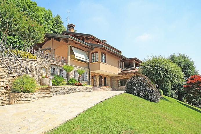 Villa PONTERANICA vendita    STUDIO IMMOBILIARE VALLE - FLAMINIA S.R.L.