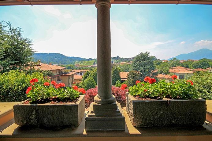 Villa in vendita a Ponteranica, 8 locali, Trattative riservate | PortaleAgenzieImmobiliari.it