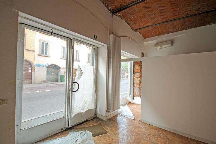 Negozio / Locale in affitto a Bergamo, 2 locali, prezzo € 1.200 | PortaleAgenzieImmobiliari.it