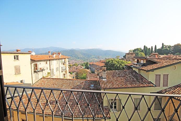 Attico quadrilocale in vendita a Bergamo (BG)