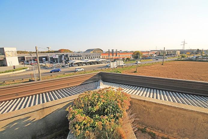 Uffici di mq 300 situati al piano primo attualmente da ristrutturare e da adibire in base alle necessità di utilizzo Rif. 9298642