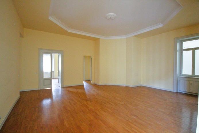 Appartamento in affitto a Bergamo, 5 locali, prezzo € 2.950 | CambioCasa.it