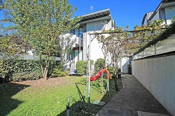 Villa in affitto a Gorle, 7 locali, prezzo € 2.500 | PortaleAgenzieImmobiliari.it