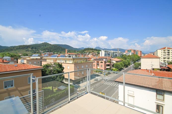 Attico / Mansarda in vendita a Bergamo, 3 locali, prezzo € 265.000 | PortaleAgenzieImmobiliari.it