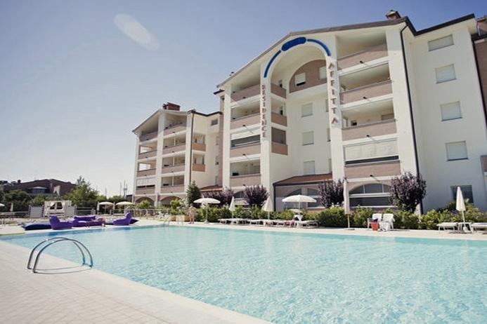 Residence in ottime condizioni arredato in vendita Rif. 10279363