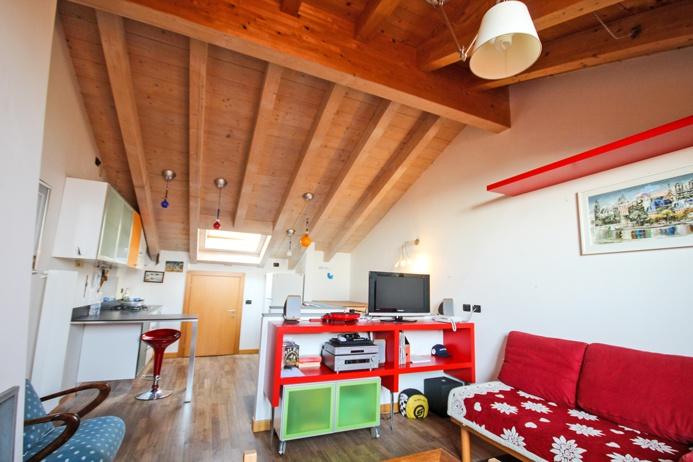 Attico / Mansarda in vendita a Torre Boldone, 2 locali, prezzo € 149.000 | PortaleAgenzieImmobiliari.it