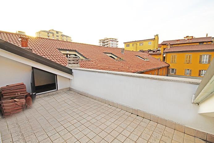 Attico / Mansarda in vendita a Bergamo, 3 locali, prezzo € 180.000   PortaleAgenzieImmobiliari.it