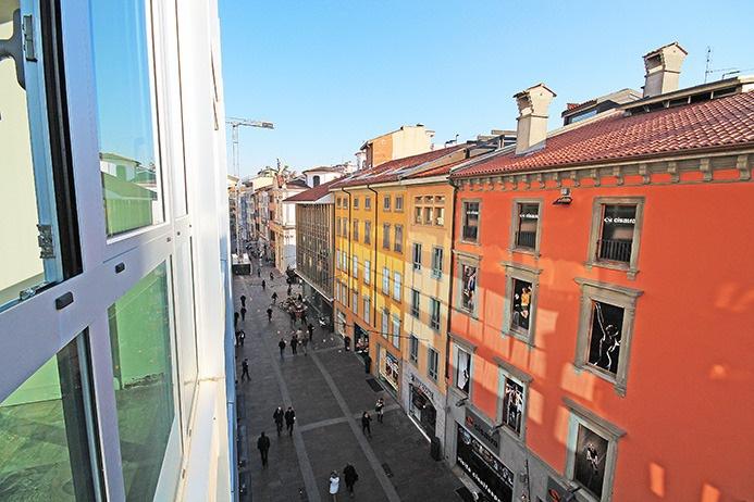 Negozio / Locale in affitto a Bergamo, 2 locali, prezzo € 9.000 | PortaleAgenzieImmobiliari.it