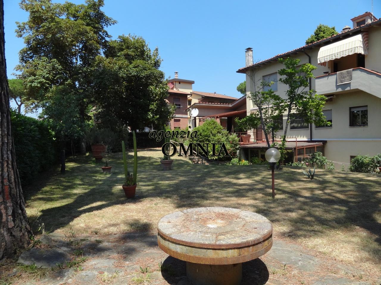 Casa indipendente in vendita a firenze agenzie immobiliari firenze - Case in vendita firenze giardino ...