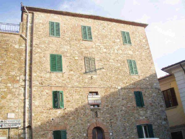 Appartamento in vendita a Campagnatico, 6 locali, zona Località: CENTRO, prezzo € 205.000 | Cambio Casa.it