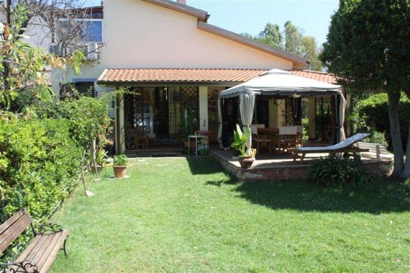 Villetta a schiera in ottime condizioni arredato in vendita Rif. 8026085