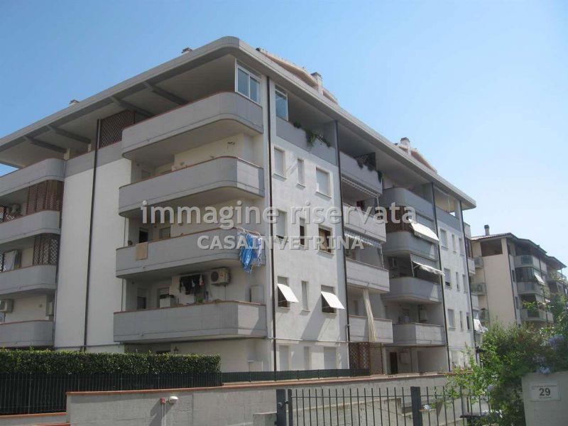 Appartamento in affitto a Grosseto, 4 locali, zona Località: (ZONA CENTRO CITTA'), prezzo € 600 | Cambiocasa.it
