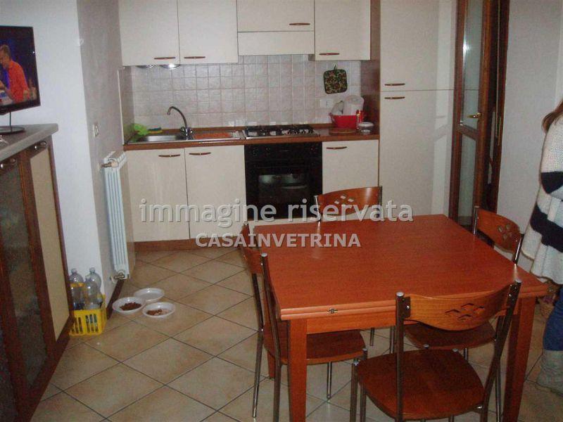 Appartamento in affitto a Grosseto, 3 locali, zona Località: (ZONA CASALONE), prezzo € 650 | Cambiocasa.it
