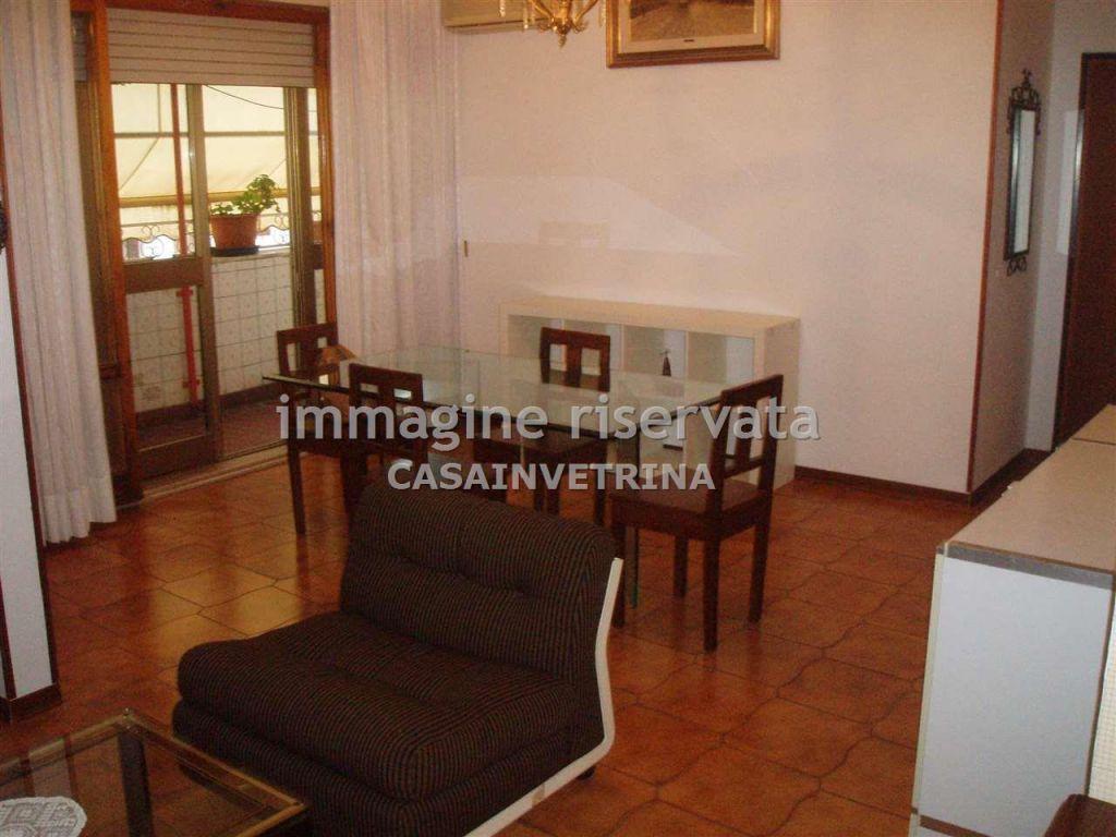 Appartamento in affitto a Grosseto, 4 locali, zona Località: CENTRALE, prezzo € 600 | Cambio Casa.it