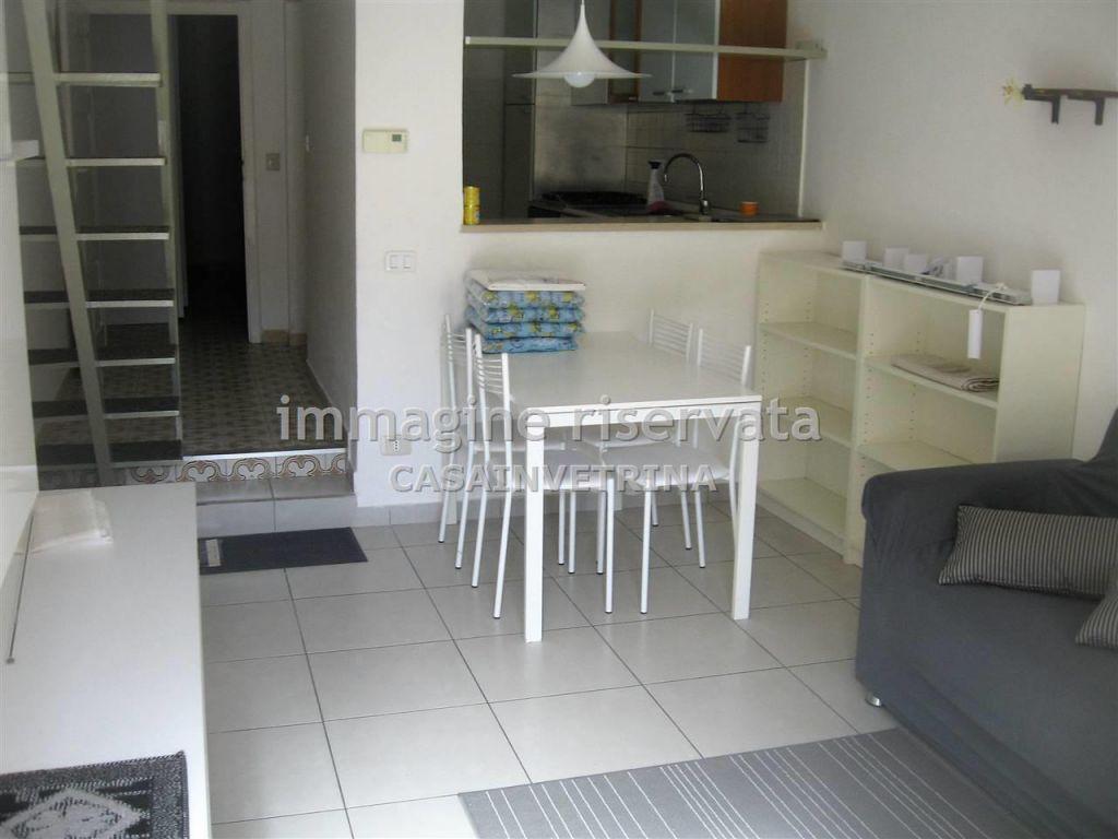 Soluzione Indipendente in affitto a Grosseto, 2 locali, zona Località: CENTRALE, prezzo € 480 | Cambio Casa.it