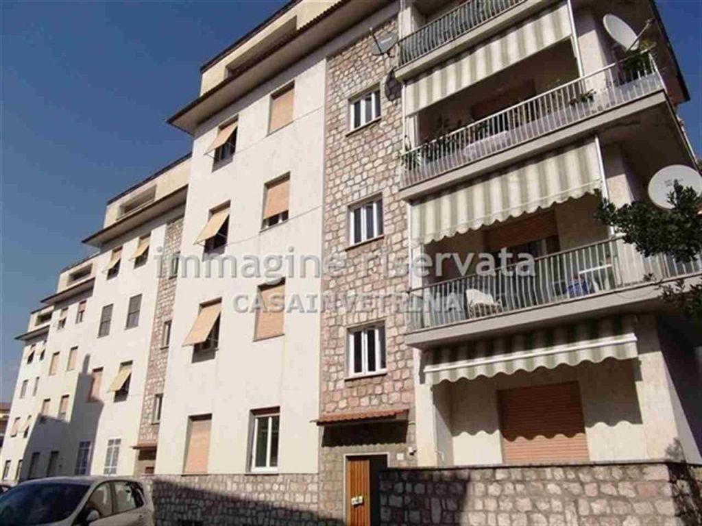 Appartamento in vendita a Grosseto, 5 locali, zona Località: CENTRALE, prezzo € 250.000 | Cambio Casa.it