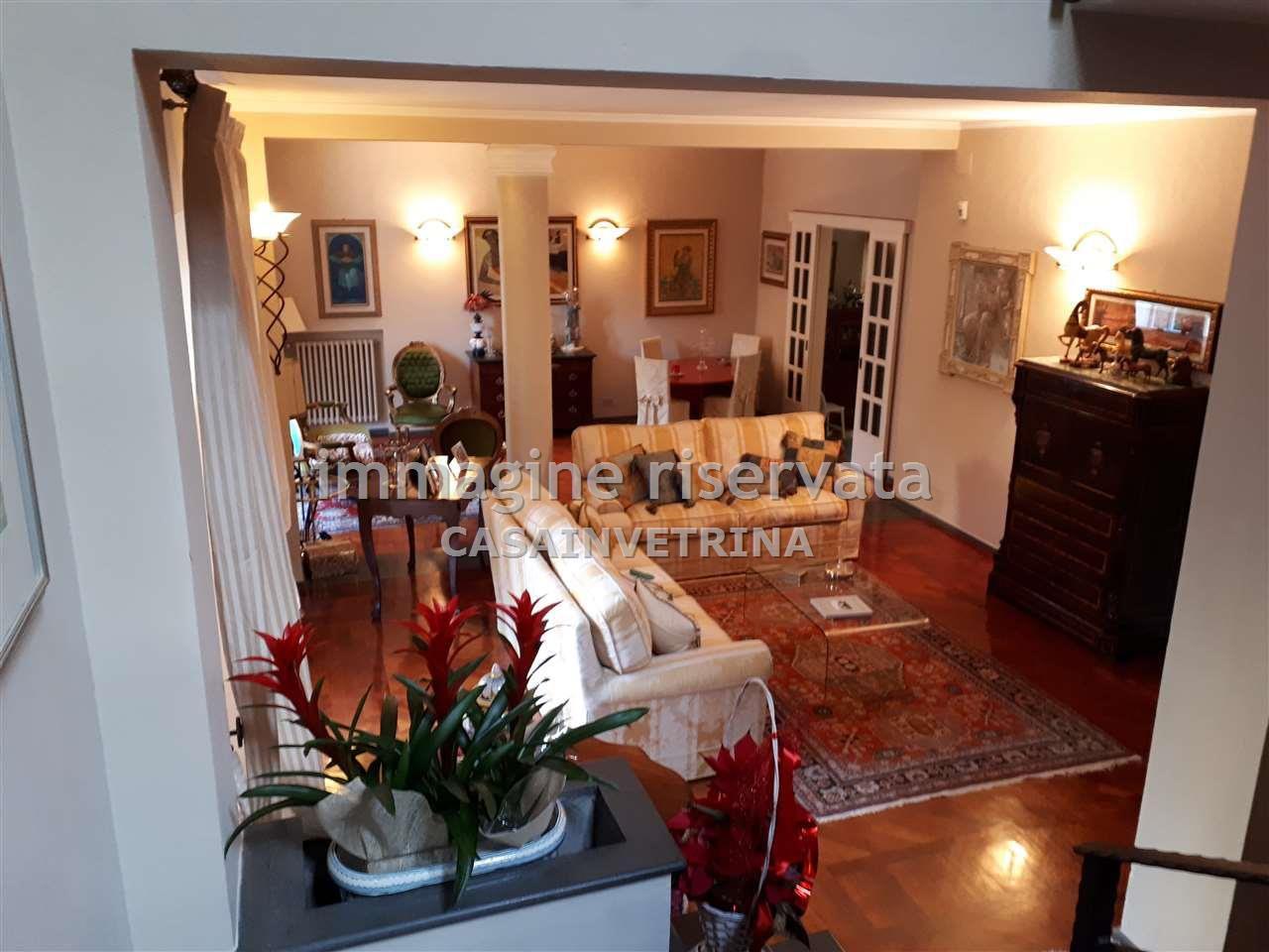 Villa in ottime condizioni in vendita Rif. 6605486