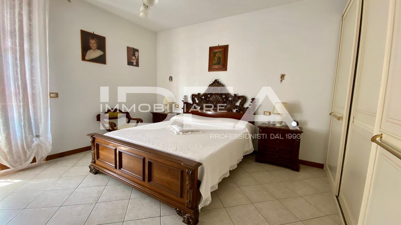 Villa a schiera LUCCA 7910
