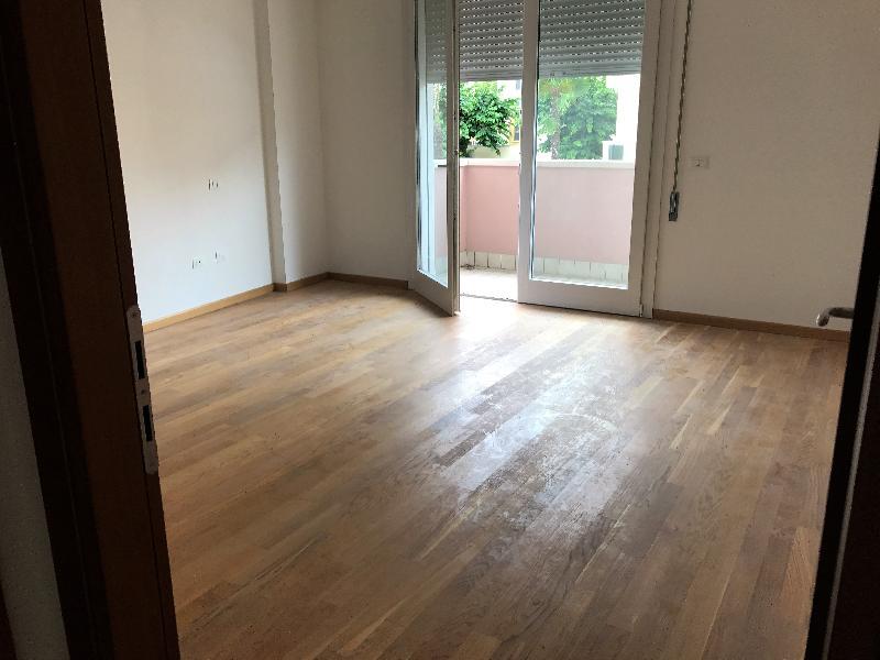 Appartamento in affitto a Abano Terme, 3 locali, prezzo € 850 | CambioCasa.it