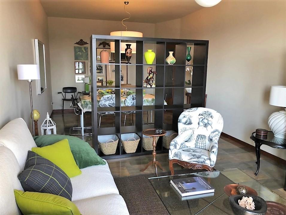 Appartamento in buone condizioni in affitto Rif. 8855516