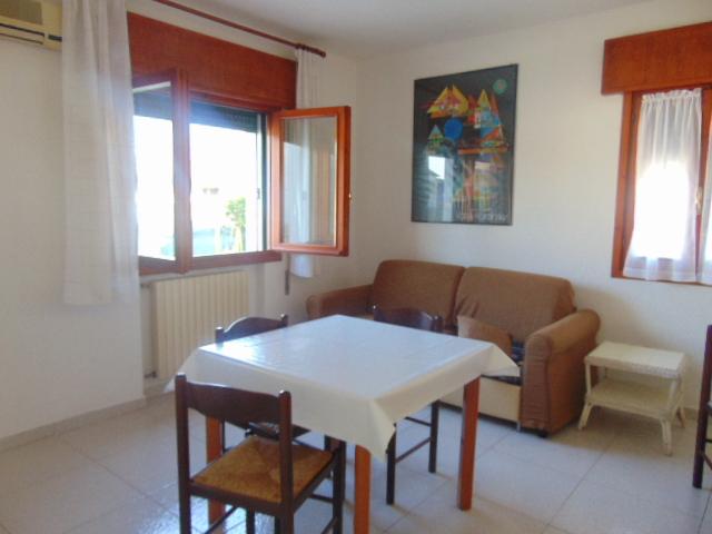 Casa Indipendente in buone condizioni arredato in affitto Rif. 10046566