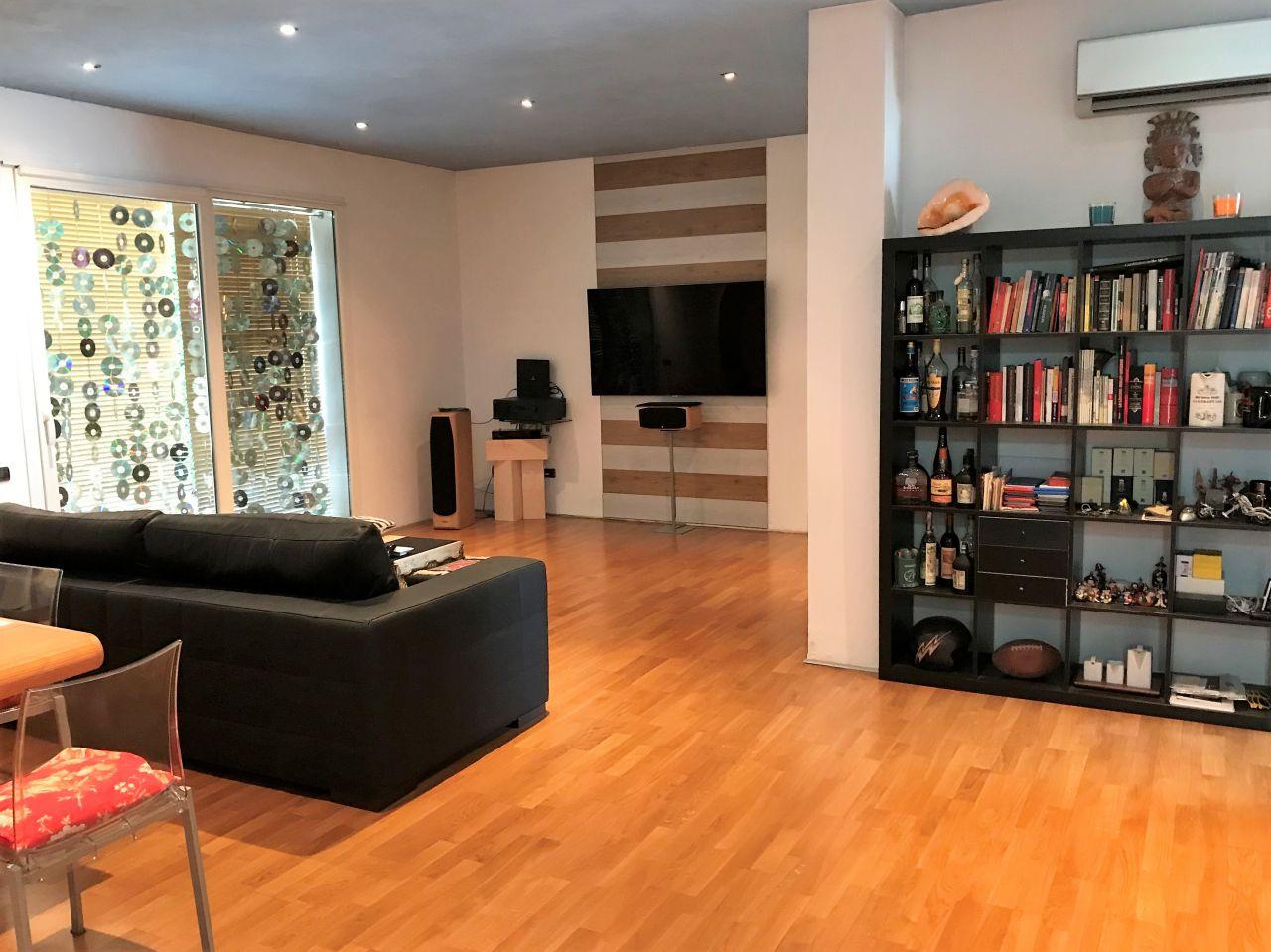 Casa Indipendente in buone condizioni in vendita Rif. 10762168