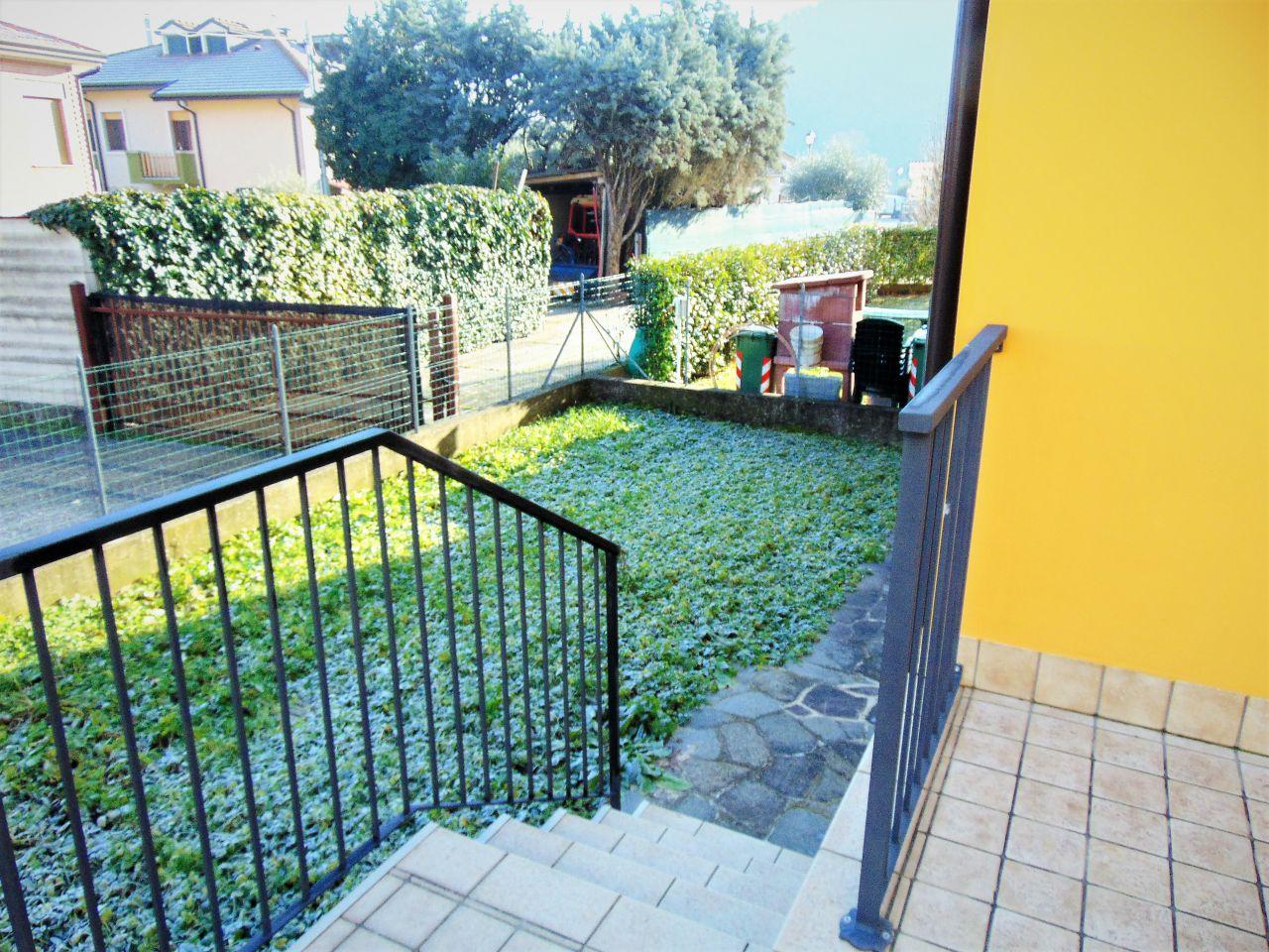 Villetta a schiera in vendita Rif. 11999268