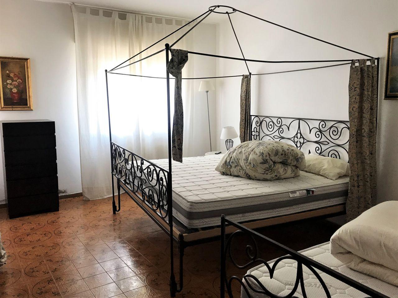 Appartamento in affitto a Torreglia, 4 locali, prezzo € 650   CambioCasa.it