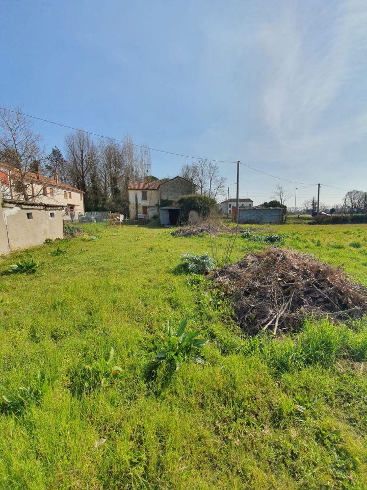 Casa affiancata quadrilocale in vendita a Papozze (RO)