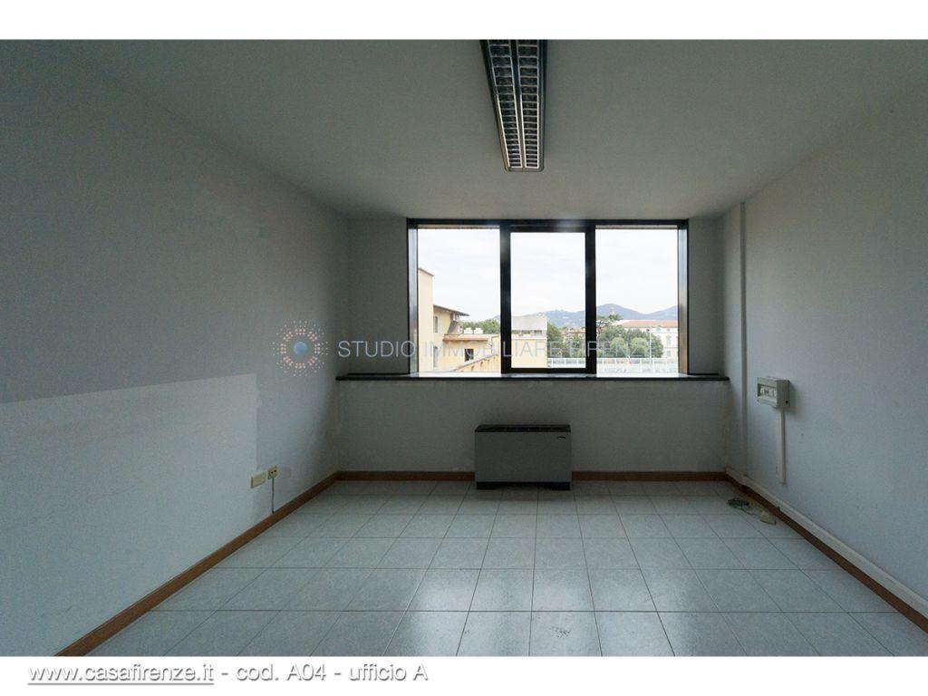 Bilocale Firenze Via Aretina 13
