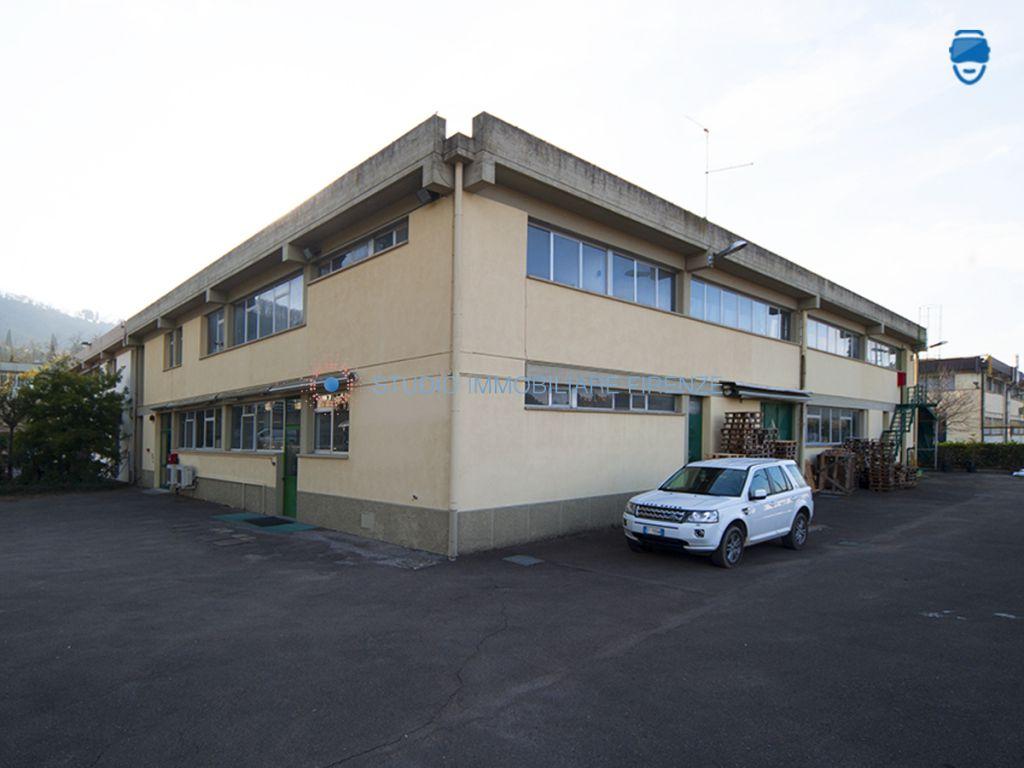 Capannone in affitto a Firenze, 10 locali, prezzo € 5.000 | CambioCasa.it