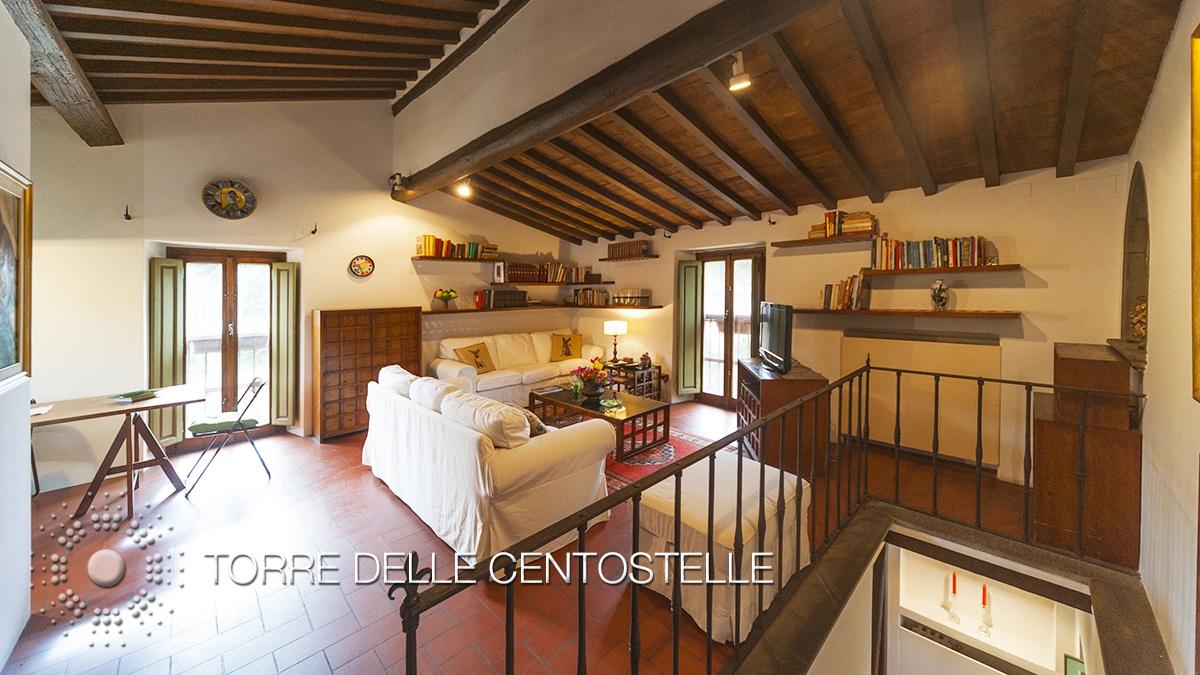 Appartamento in ottime condizioni arredato in affitto Rif. 5893852