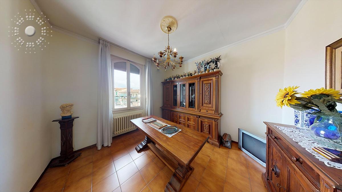 Appartamento da ristrutturare in vendita Rif. 11672875