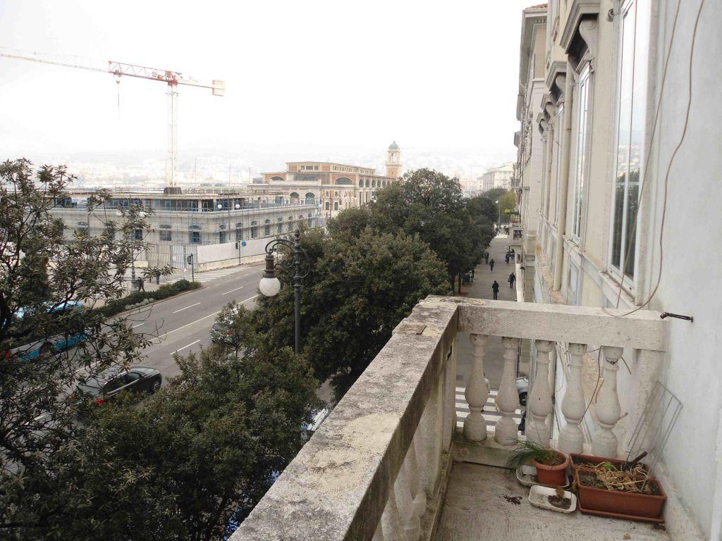 Bilocale Trieste  8