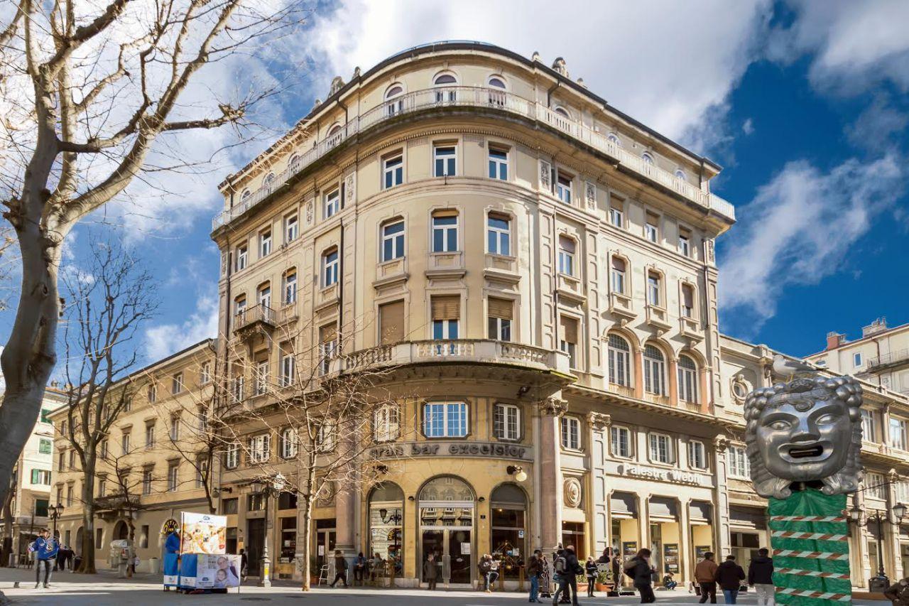 trieste vendita quart: centro norbedo immobiliare