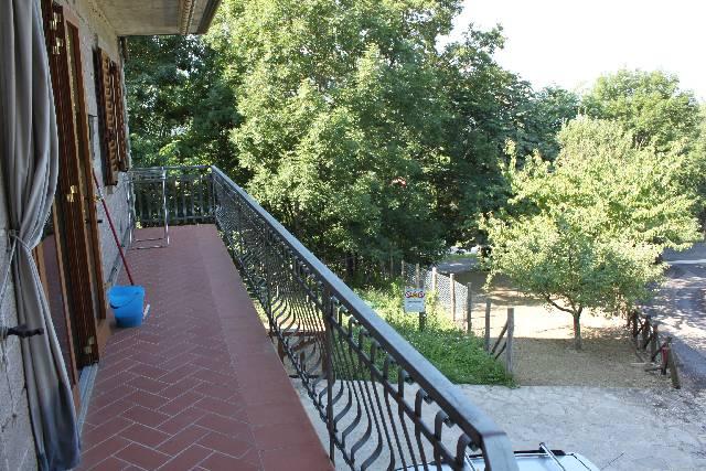 Appartamento in ottime condizioni in vendita Rif. 4755679