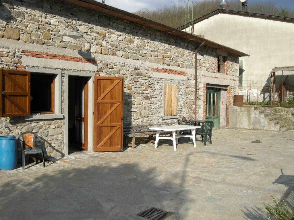 Appartamento indipendente trilocale in vendita a Chiusi della Verna (AR)