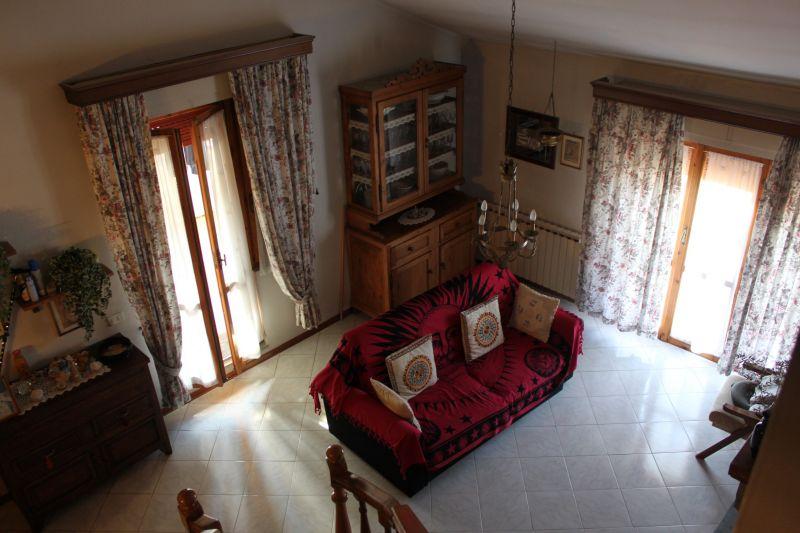 Appartamento in vendita a Civitella in Val di Chiana, 4 locali, prezzo € 75.000 | PortaleAgenzieImmobiliari.it