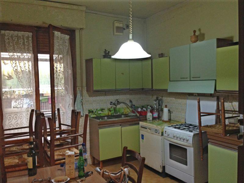 Appartamento in vendita a Arezzo, 5 locali, prezzo € 170.000 | PortaleAgenzieImmobiliari.it