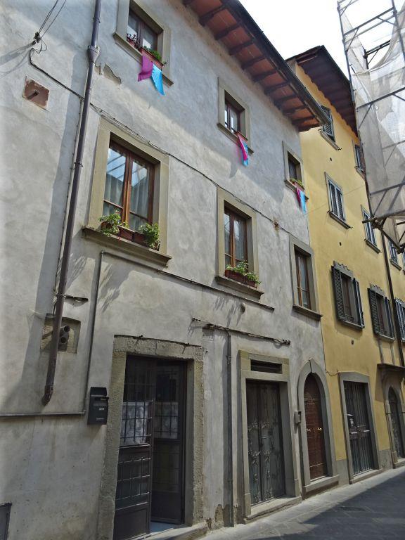 Appartamento in vendita a Castel Focognano, 7 locali, prezzo € 190.000 | PortaleAgenzieImmobiliari.it