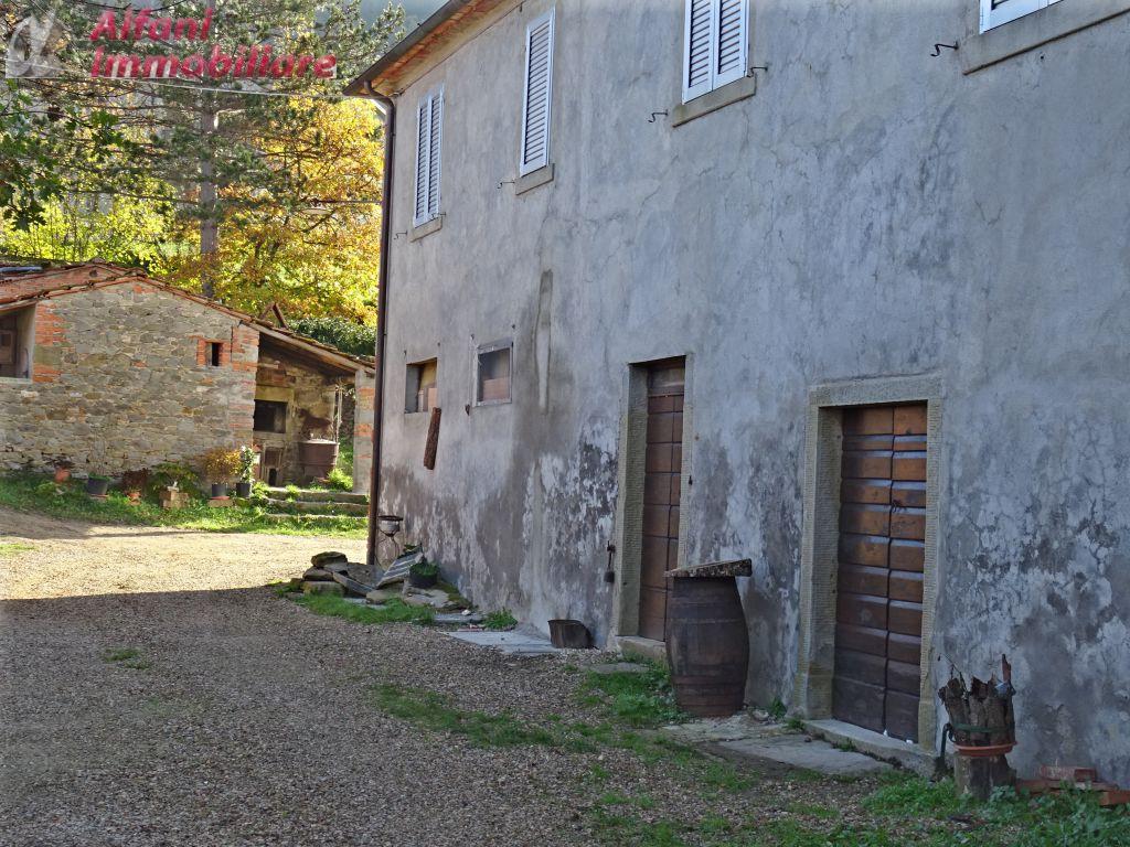 Bilocale Castel Focognano  2