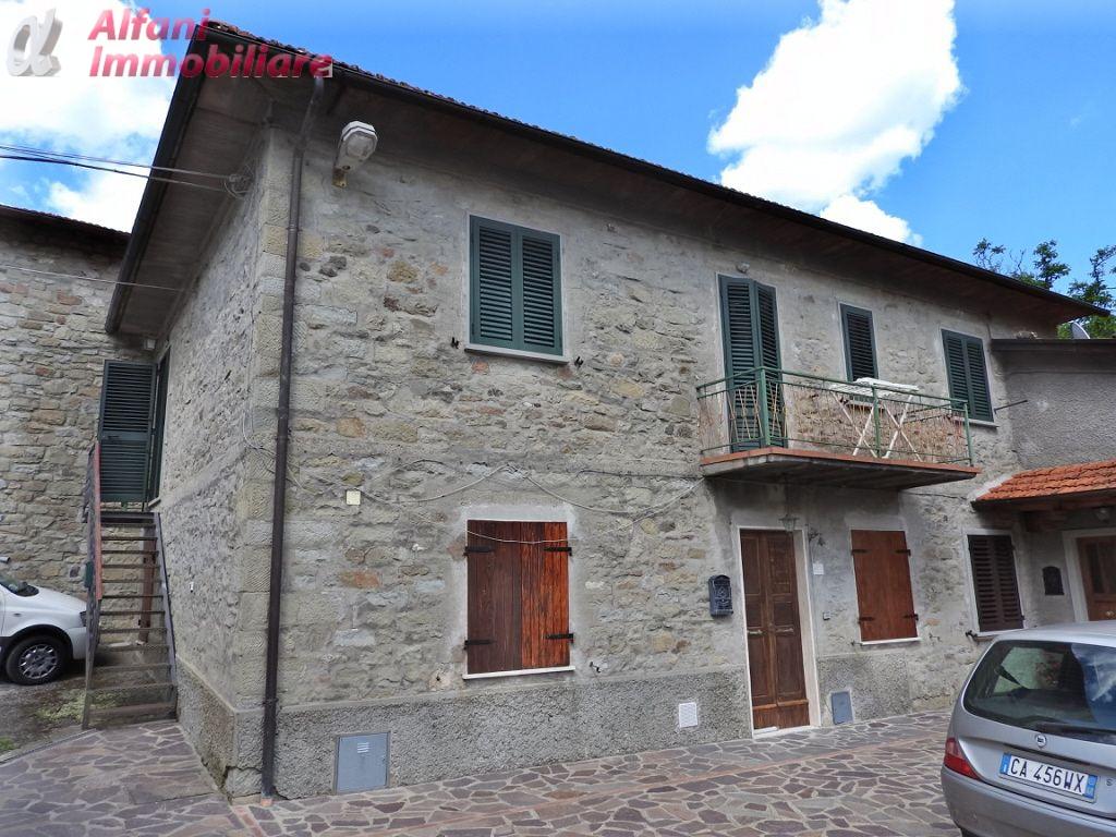 Appartamento in buone condizioni in vendita Rif. 4755924