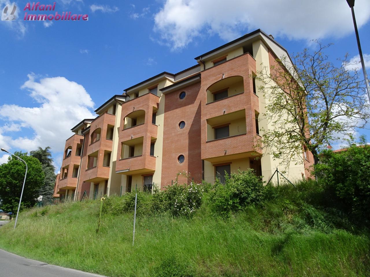 Appartamento trilocale in vendita a bibbiena agenzie for Appartamento di efficienza seminterrato