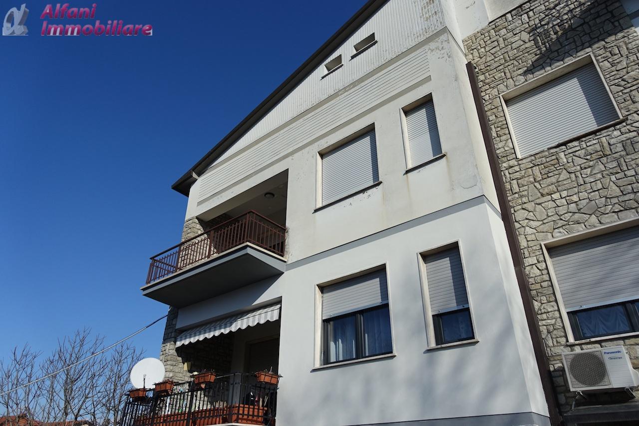 Appartamento in vendita a Bibbiena, 3 locali, prezzo € 120.000 | PortaleAgenzieImmobiliari.it